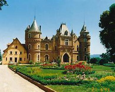 Chateau de Maulmont, Randan, France